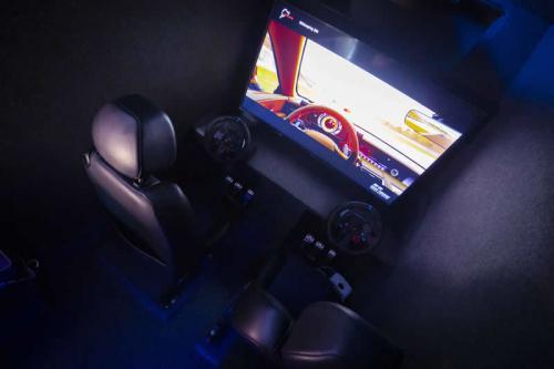 Gaming Bus Essex 21