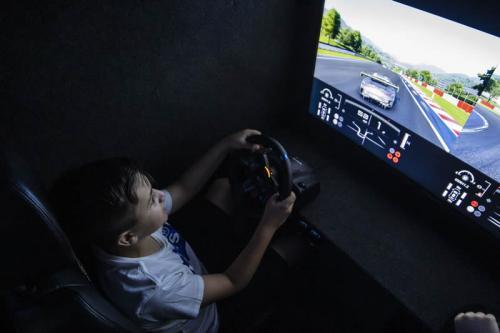 Gaming Bus Essex 26